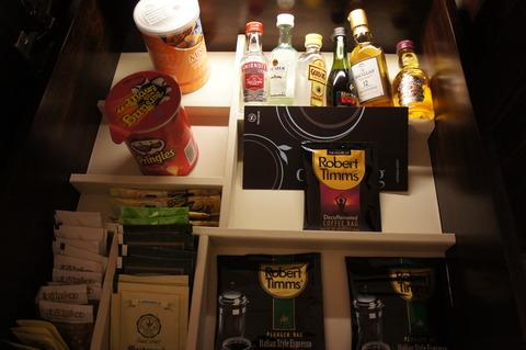 シェラトンタワーズシンガポールのミニバーのお酒