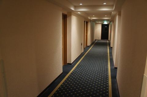 ホテルブライオン那覇の廊下