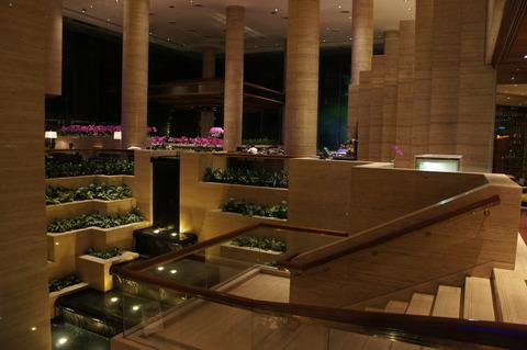 シェラトンタワーズシンガポールロビーの池