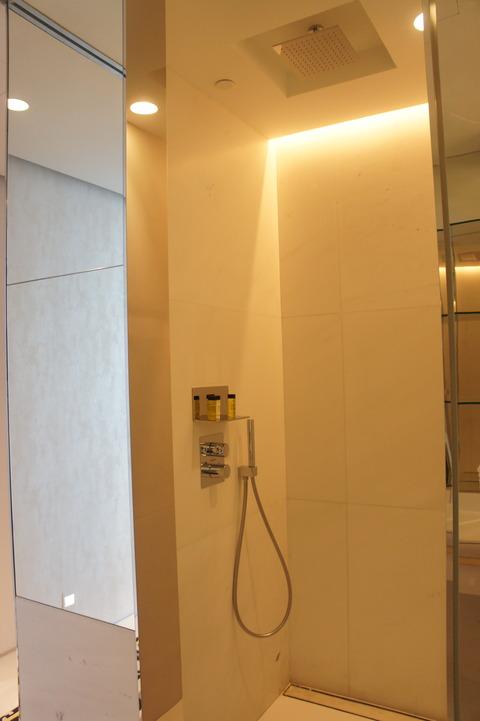 JWマリオットシンガポールシャワーブース
